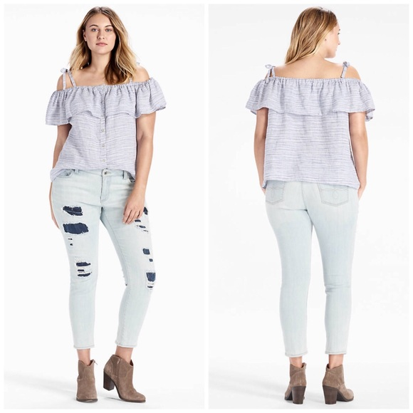 Lucky Brand Tops - NWT Lucky Brand Ruffle Tie Off The Shoulder Top